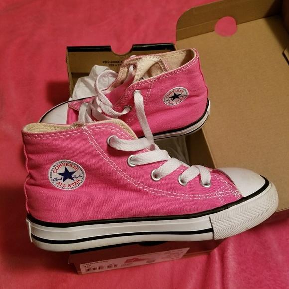 cd96061dff15 New size 10 pink kid s Converse super cute 💖